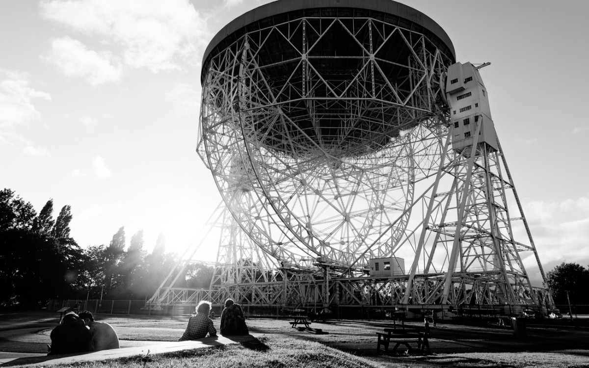 Lovell Telescope bluedot